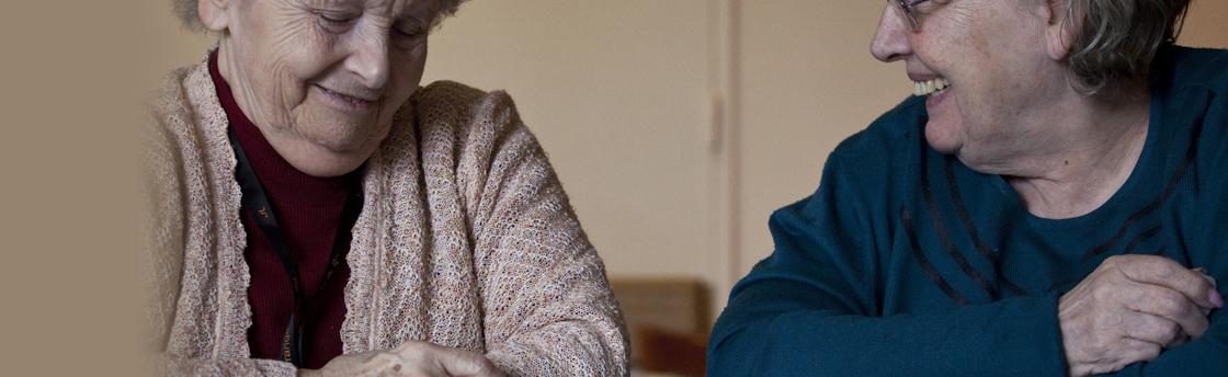 Dames âgées (Fondation Oeuvre de la Croix Saint-Simon)