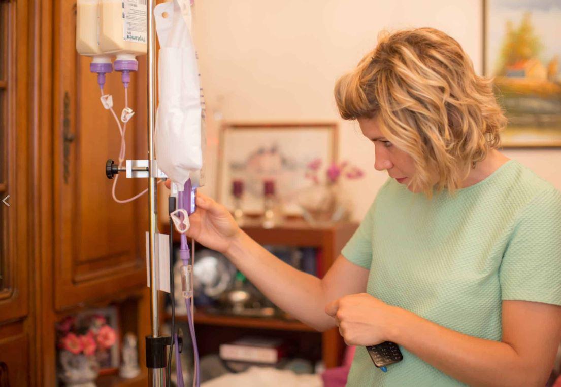 Elodie Lamy-Motard, infirmière en hospitalisation à domicile (HAD) © Pascal Vo