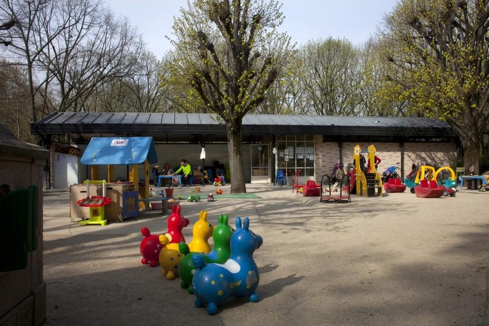 Halte garderie du jardin du luxembourg croix saint simon - Jardin du luxembourg enfant ...
