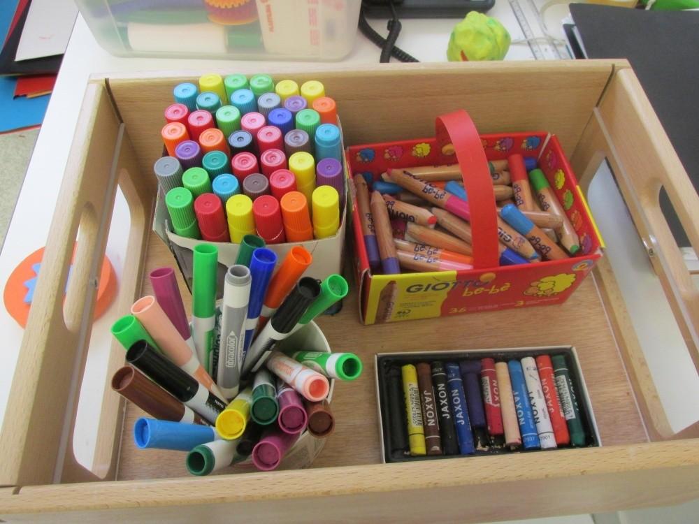 Multi-accueil Hippocampe, boîte crayons
