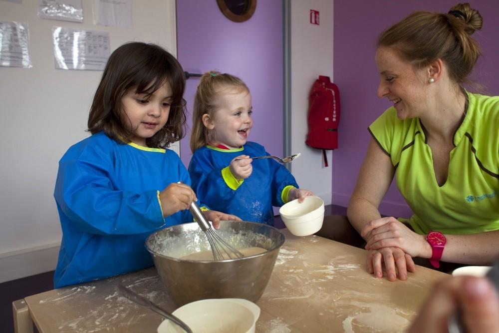 Multi-accueil Clavel, atelier cuisine (Fondation Oeuvre de la Croix Saint-Simon)