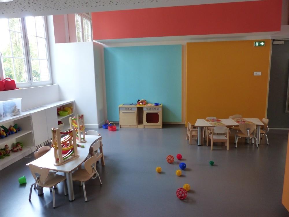 Crèche Les petits Gailhard, jeux train (Fondation Oeuvre de la Croix Saint-Simon)