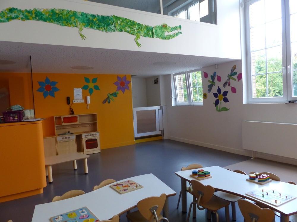 Crèche Les petits Gailhard, crocodile, salle jeux 1er droite (Fondation Oeuvre de la Croix Saint-Simon)