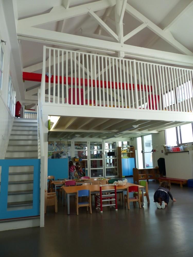 Crèche Père Lachaise, accès dortoir (Fondation Oeuvre de la Croix Saint-Simon)