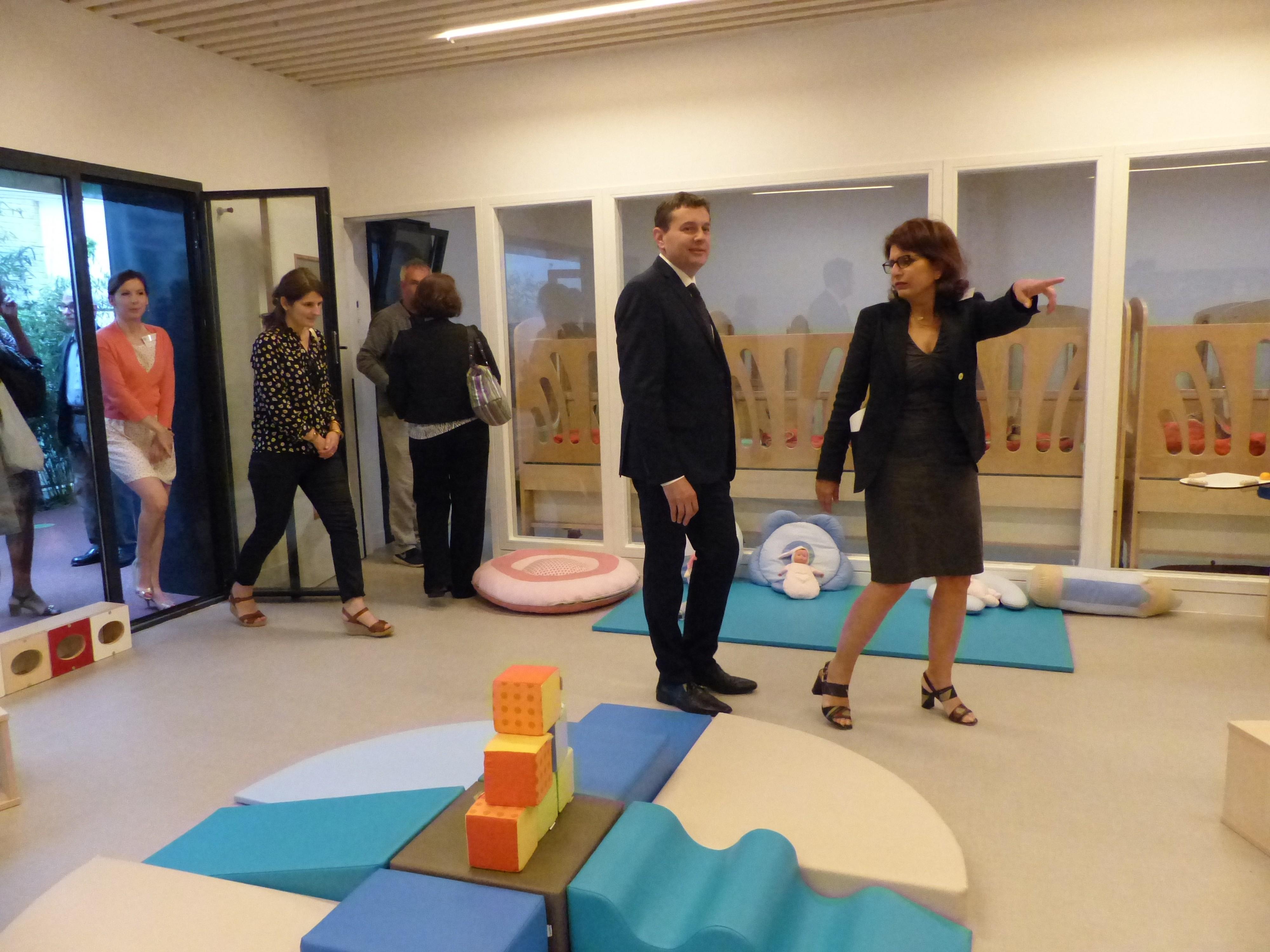 inauguration-la-villa-vauvenargues-fondation-oeuvre-de-la-croix-saint-simon-multi-accueil-visite-de-la-structure