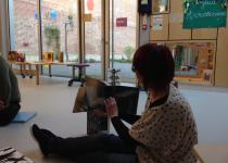 Atelier sensibilisation au livre dans le multi-accueil La ballon rouge de la Fondation Oeuvre de la Croix Saint-Simon