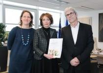 Remise du rapport 2014 de l'Observatoire National de la Fin de Vie au ministre (Fondation Oeuvre de la Croix Saint-Simon)